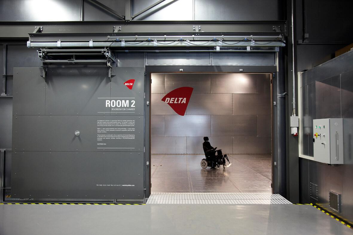 RF Shielded doors | EMC facilities - Comtest Engineering